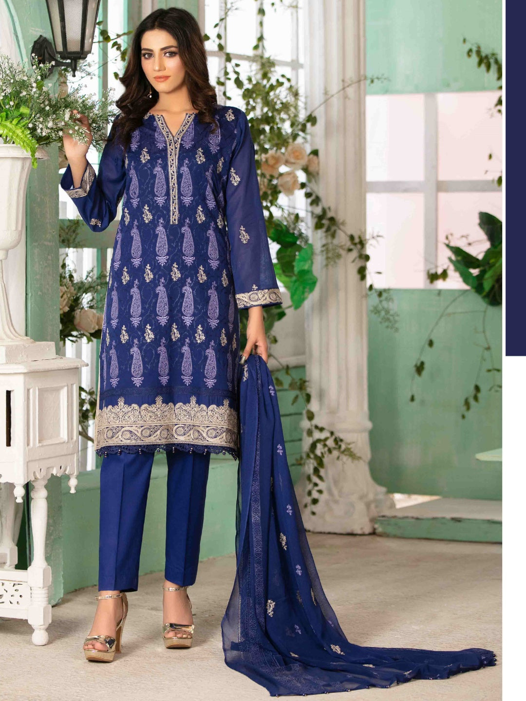 Luxury Swiss Lawn - Pakistani Suit