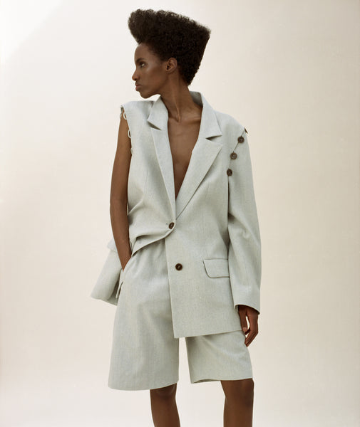 BLAZER WITH DETACHABLE SLEEVES