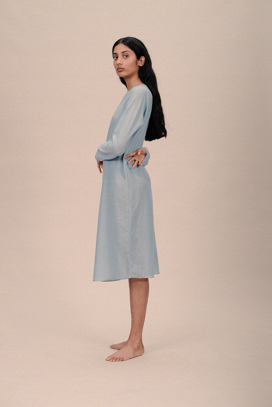 LIGHTWEIGHT WOOL DRESS