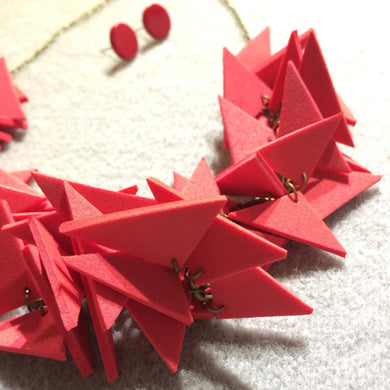 Triangles Necklace Light weight Red with earrings