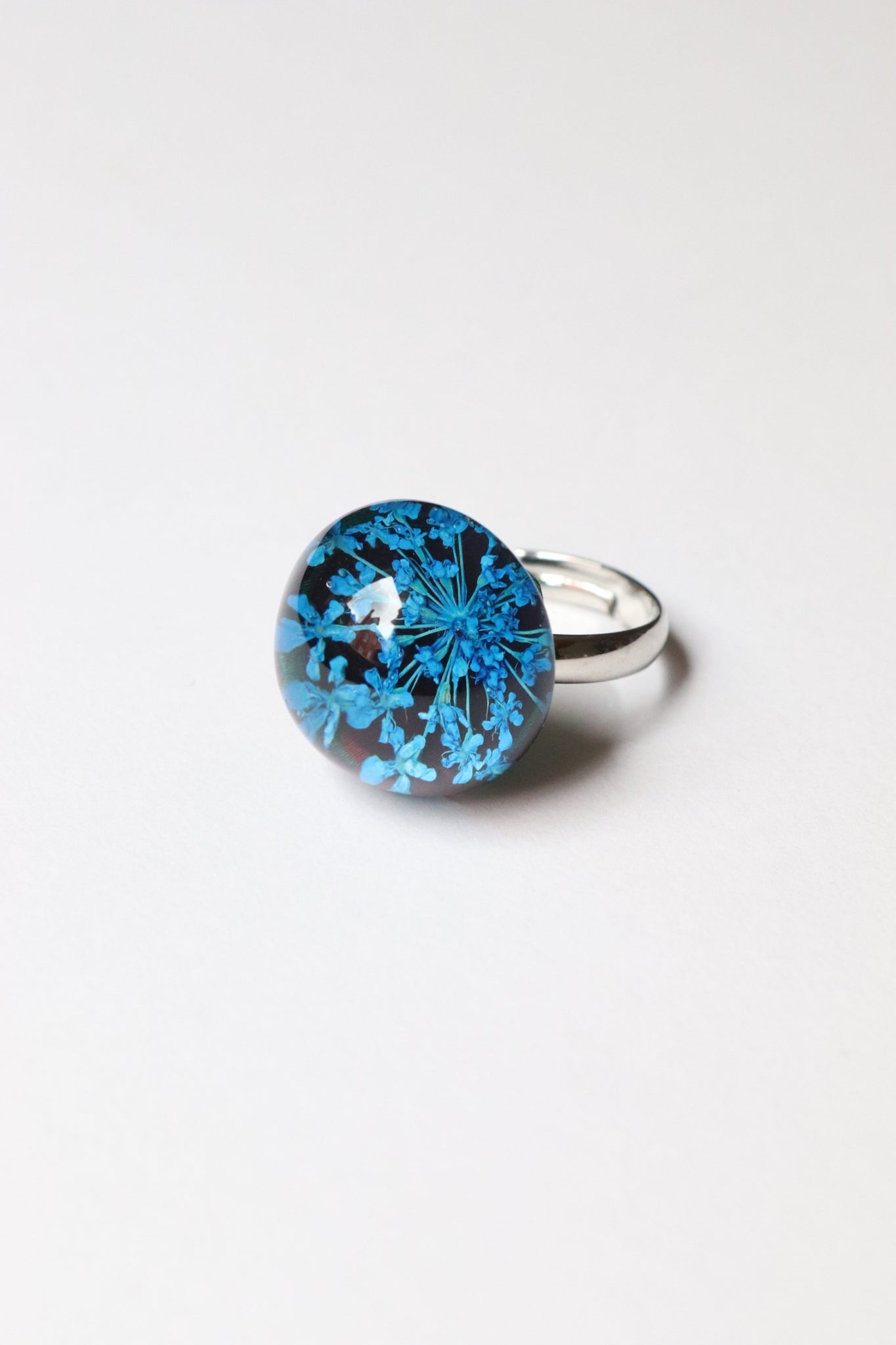 Dried Flower Ring Blue over Black