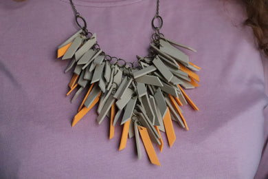 DESERT V SHAPED  NECKLACE NL0023
