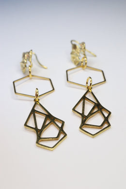 GOLDEN ORIGAMI EARRINGS E210023