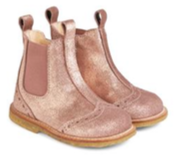 Chelsea boot w. stitched pattern