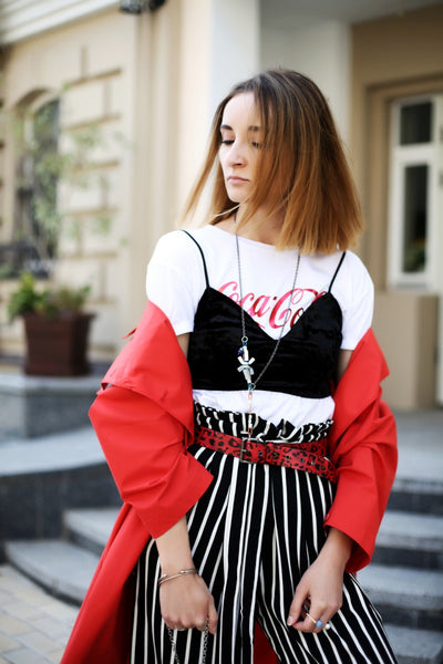 fashion blogger from ukraine wears cocola t-shirt and Mellow jewellery