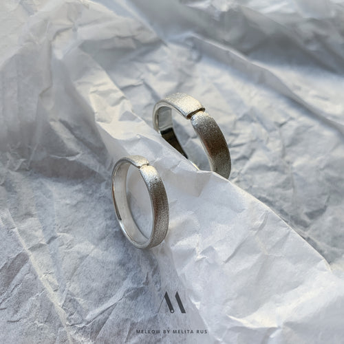 Custom made wedding rings CMW/21