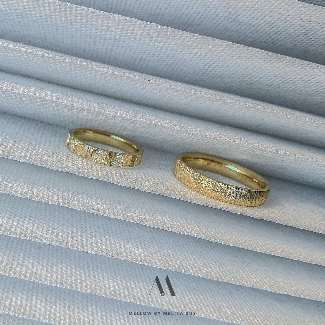 Custom made white gold wedding rings CMW/19-15