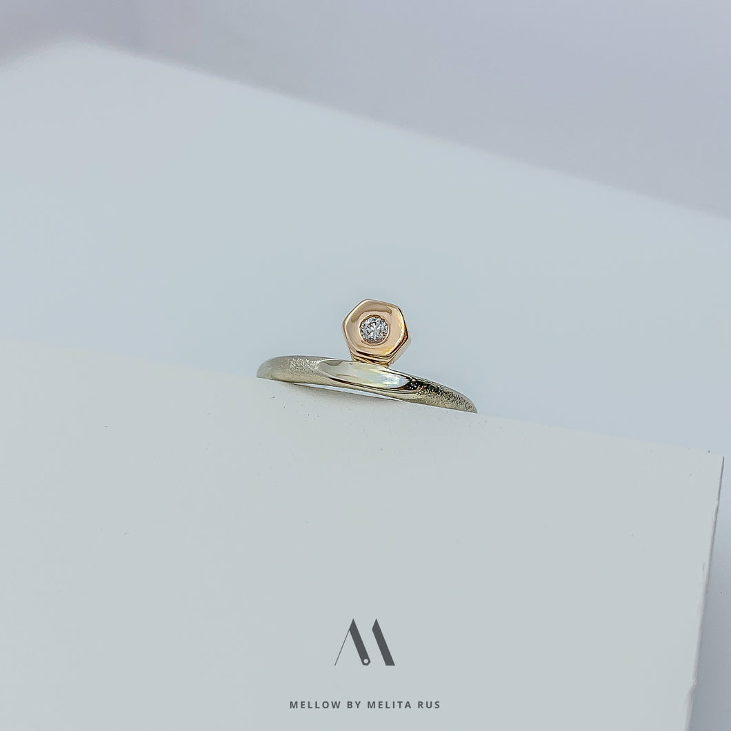 Custom made engagement ring CMR/18