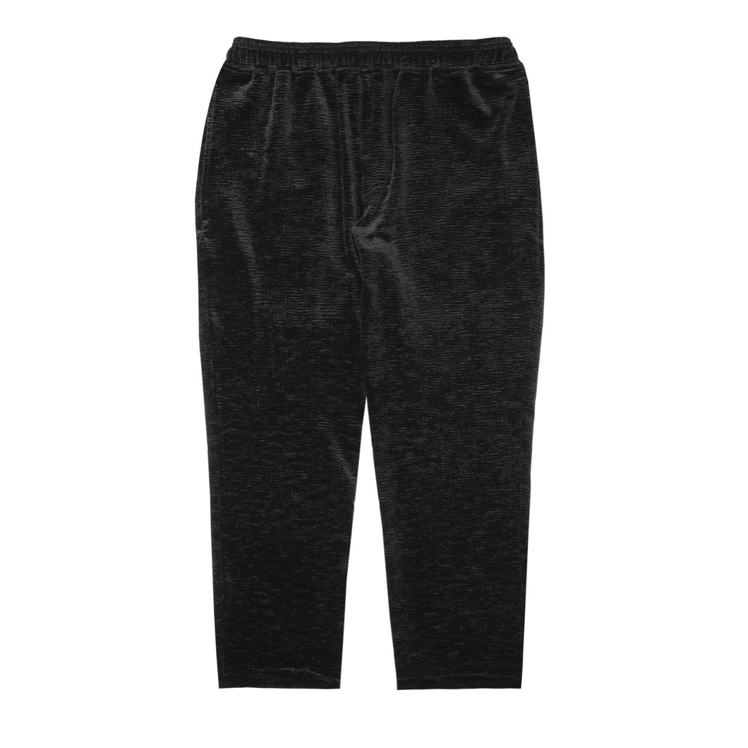 BLACK PLEATED VELOUR CROPPED PANTS
