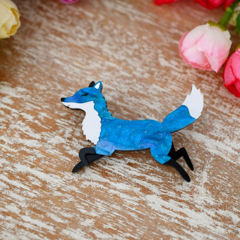 Ranger- mini fox brooch