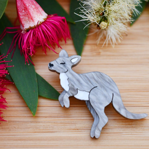 Lavender - Mini Wallaby brooch