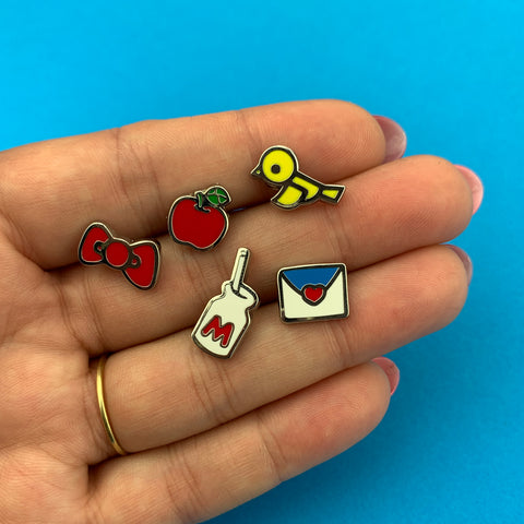 5 Piece Mini Hello Kitty Back to School Pin Set