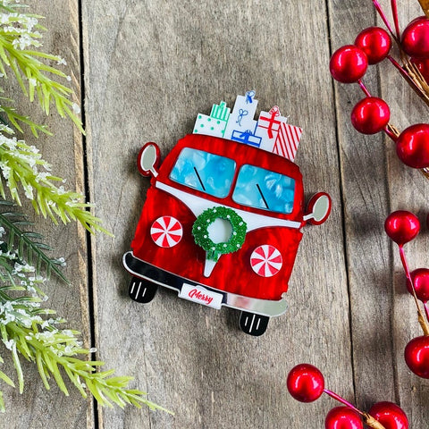 Merry Mobile Brooch