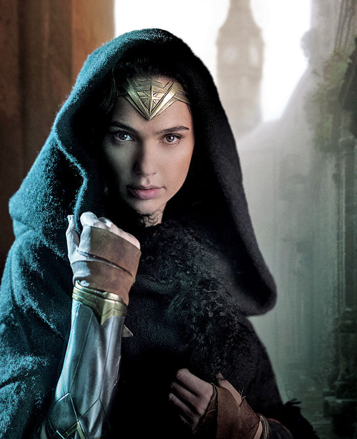 Wonder Woman Movie - Wonder Woman in Hood