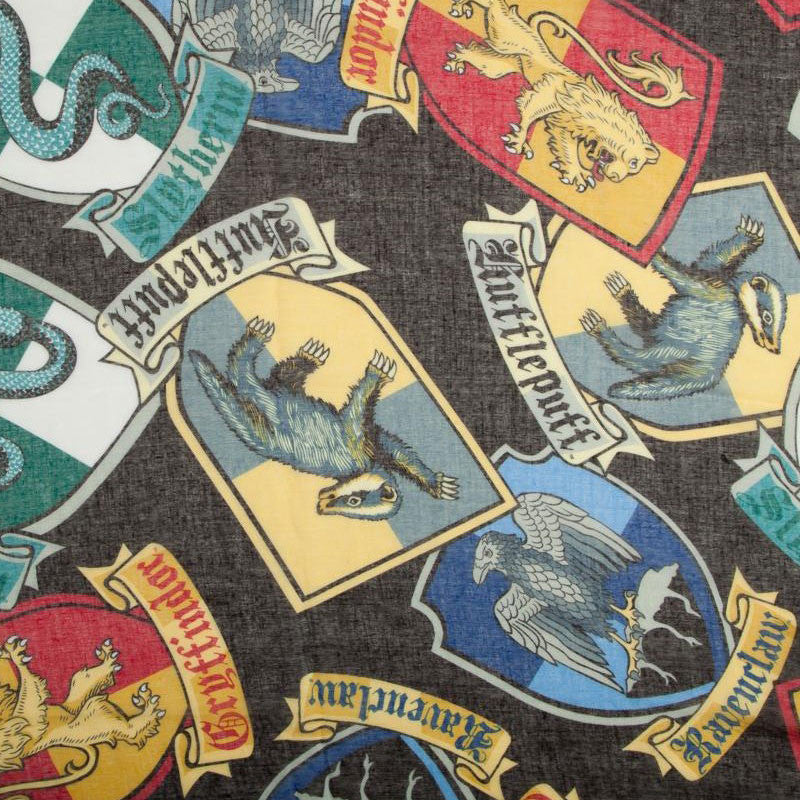 Harry Potter Infinity Scare, Hogwarts Crests pattern