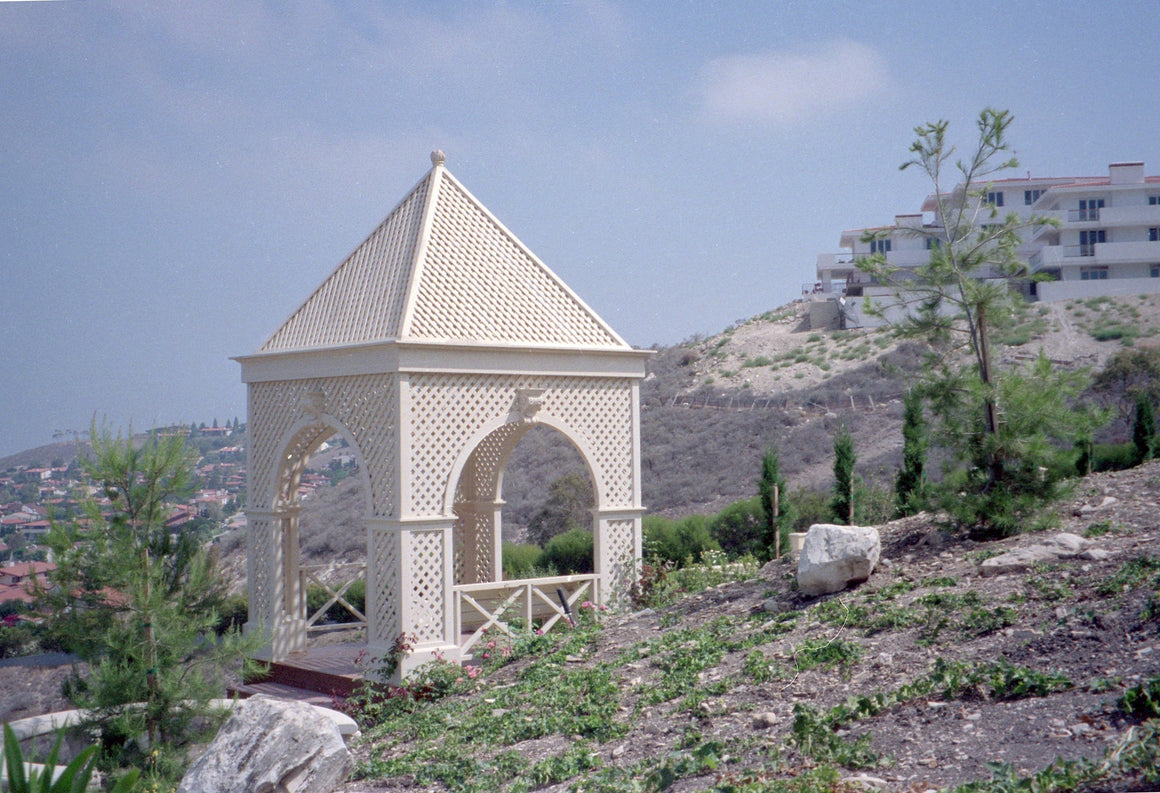 Victorian Square Gazebo with Lattice, Keystones, and Finial - SamsGazebos Made to Order