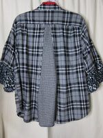 Black N White Flannel  ~ 2X