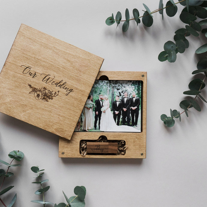 Wood box for photo with engraving