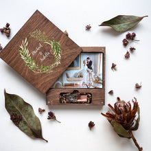 Wood box for photo with colored logo