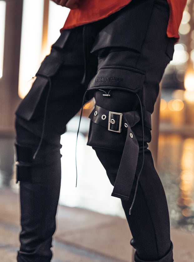 Revolution Cargo Pants V1 in Black