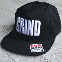 Grind Snapback White on Black - Be Activewearman