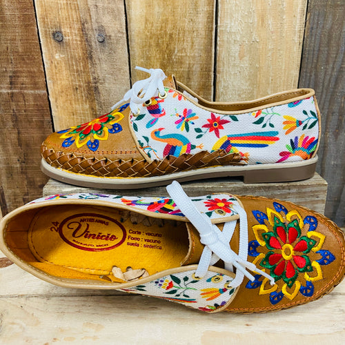 Embroider Loafers Artisan Leather Women Shoes - White Multicolor Otomi