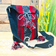 Small Crossover Morral