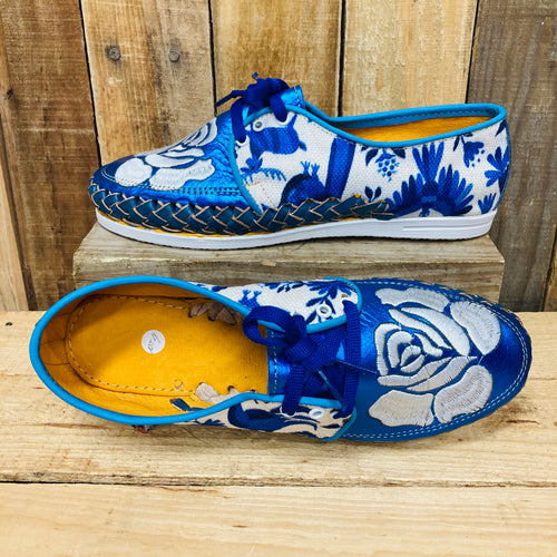Embroider Loafers Artisan Leather Women Shoes - Metalic Blue with White