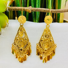 Gold Filigrana Artisan Earrings - Small