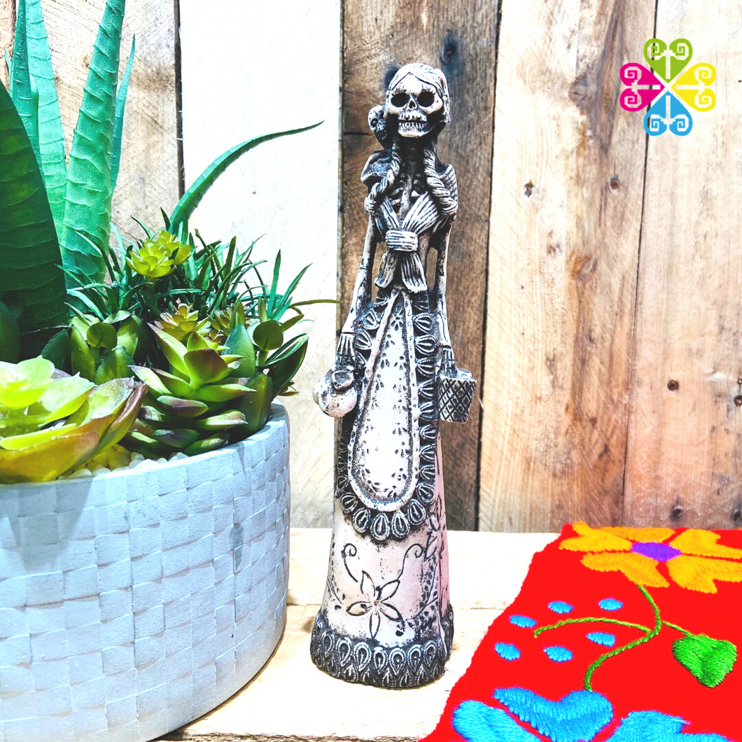 Catrina Day of the Dead Decoration statue - Vendedora with Child