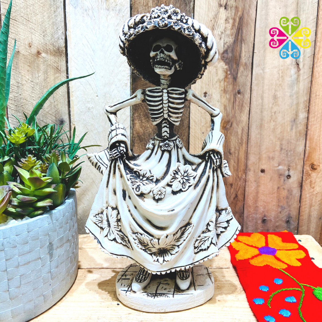 Catrina Day of the Dead Decoration statue - Dancing Catrina