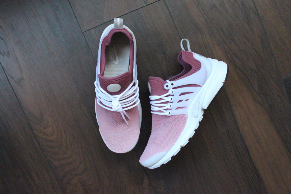 check out a6fcb 411b8 Nike Presto Red Rose Custom Sneakers - Ombre Design ...