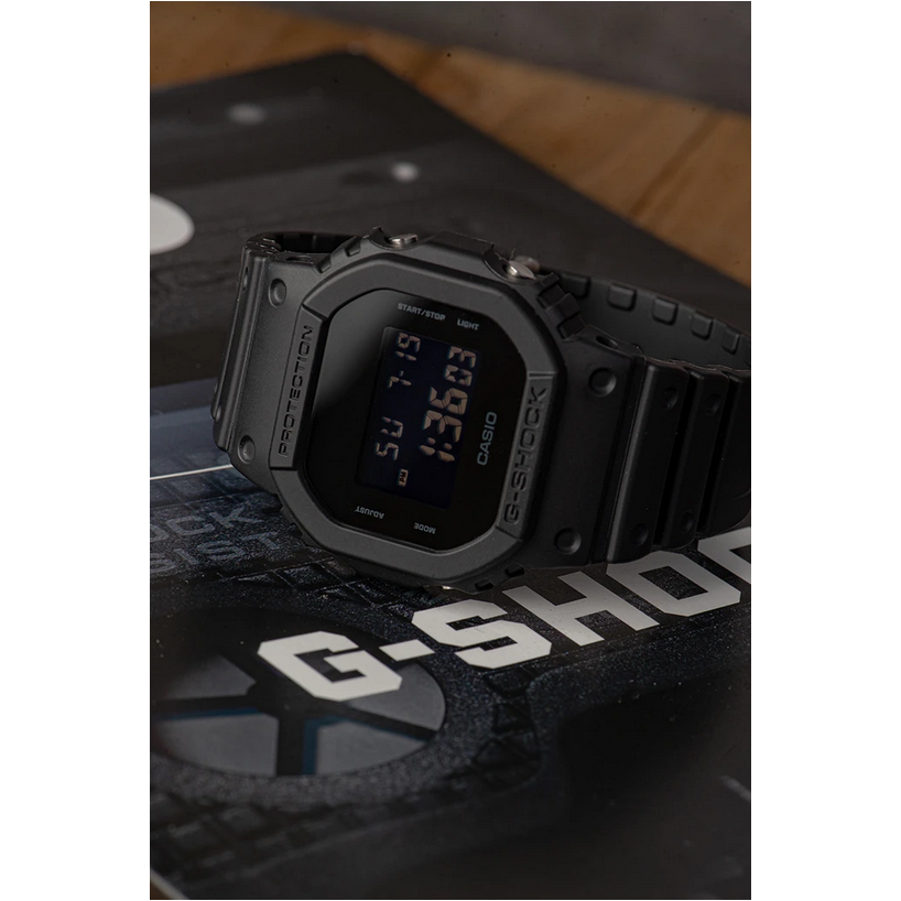 Casio G-SHOCK DW5600BB-1