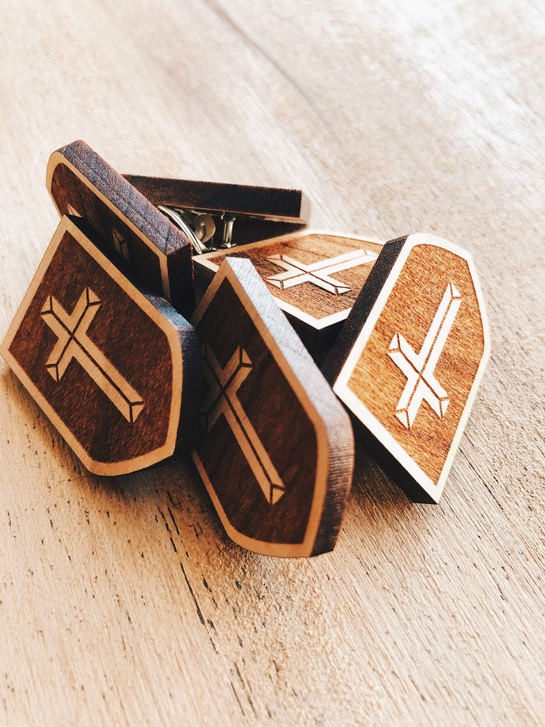 Jake Mize The Adventure of Link Shield Wooden Pin