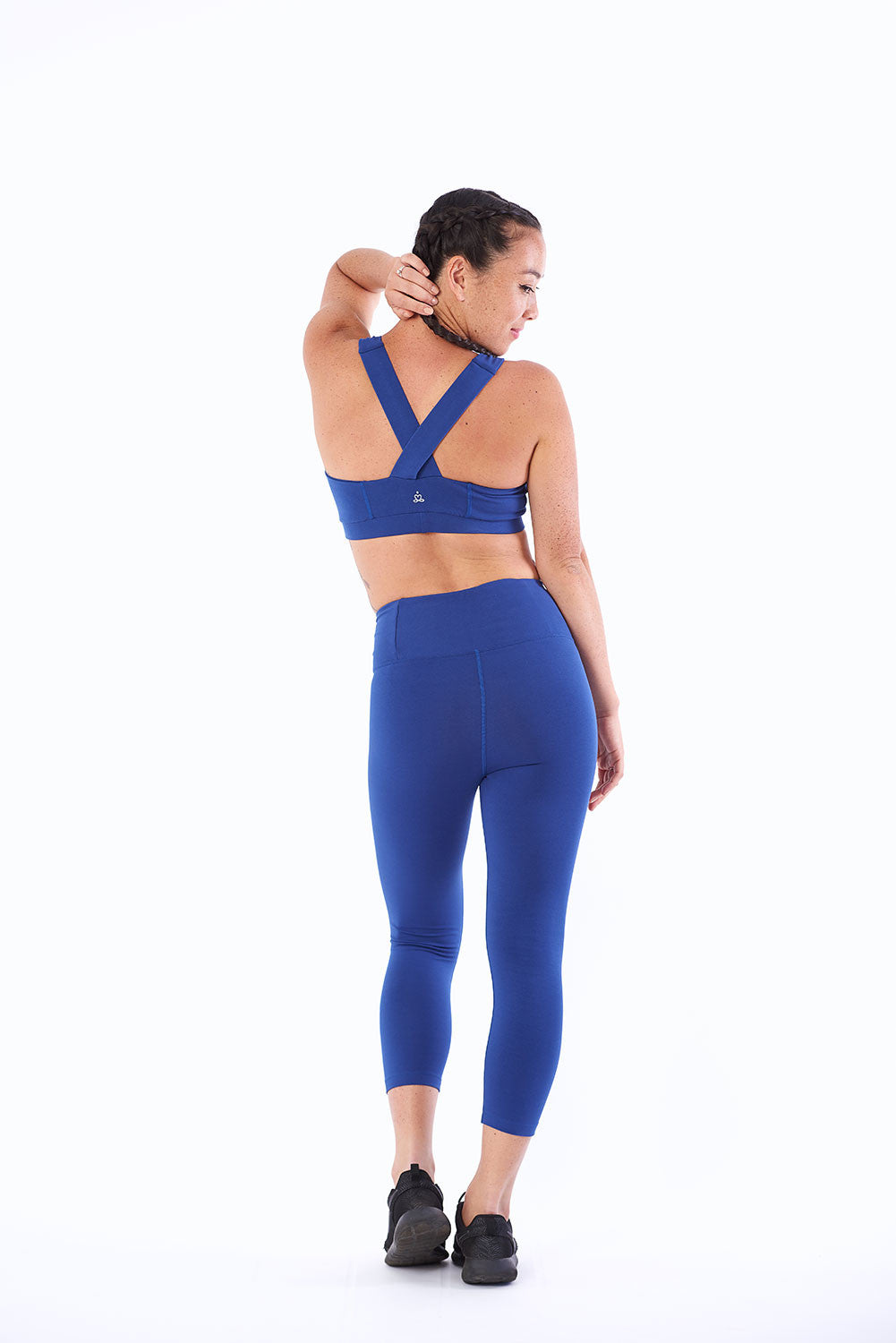 Activewear yoga crop top in organic cotton