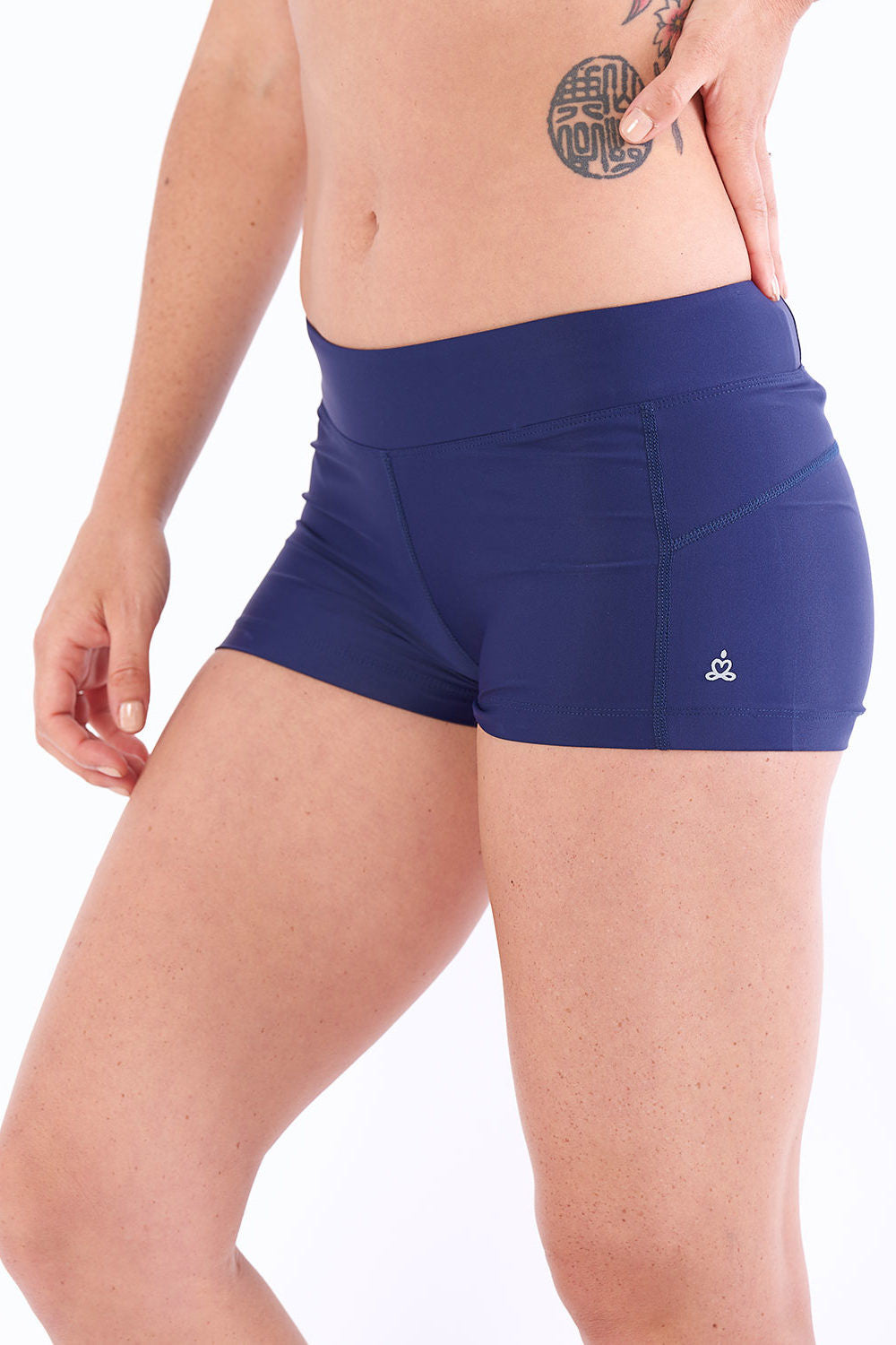 Activewear yoga shorts hot yoga moisture wicking
