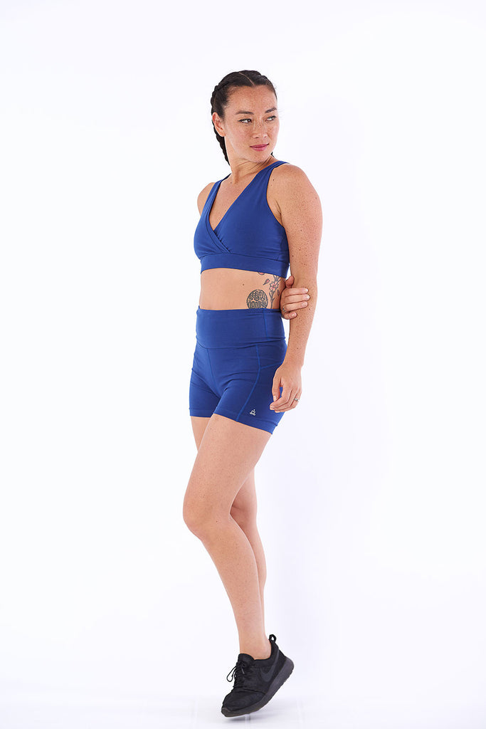 Activewear yoga shorts flattering cut