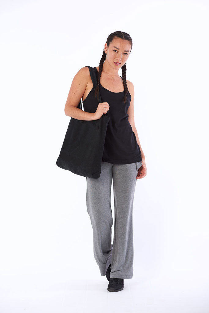 Activewear yoga top Byron Bay