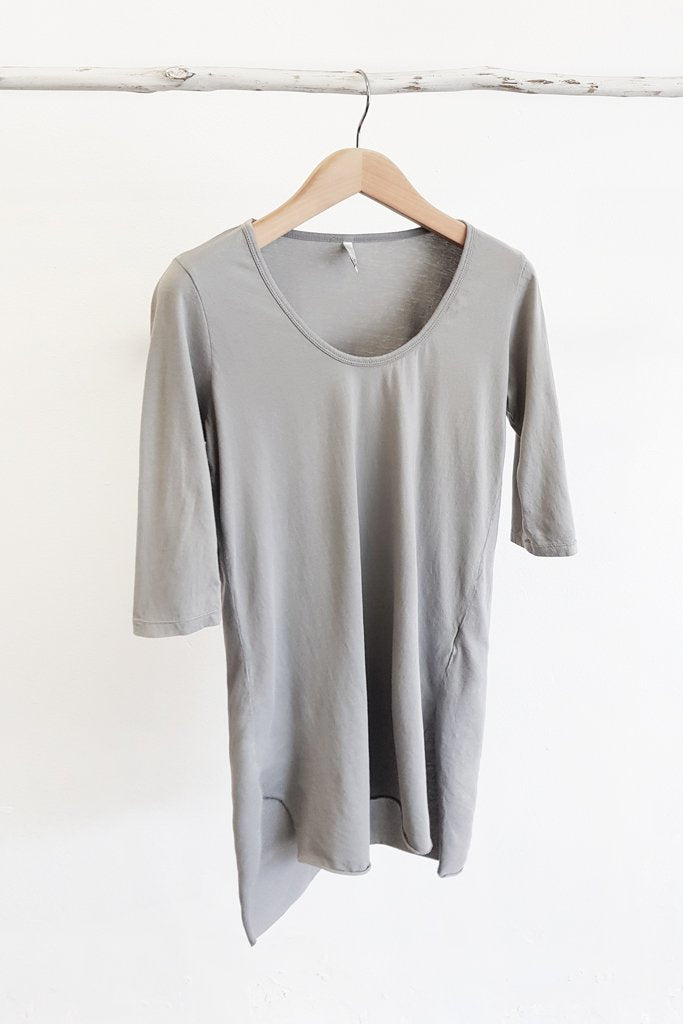 1/2 sleeved Tee long line Tee