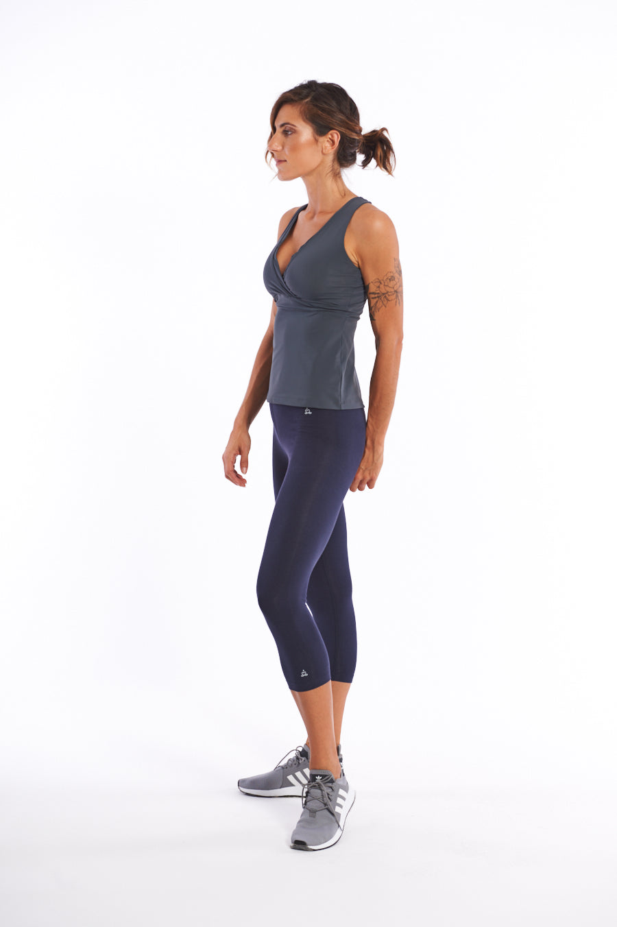 Quick drying activewear top for surfing