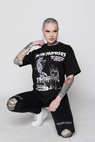 To the Grave Tee Black