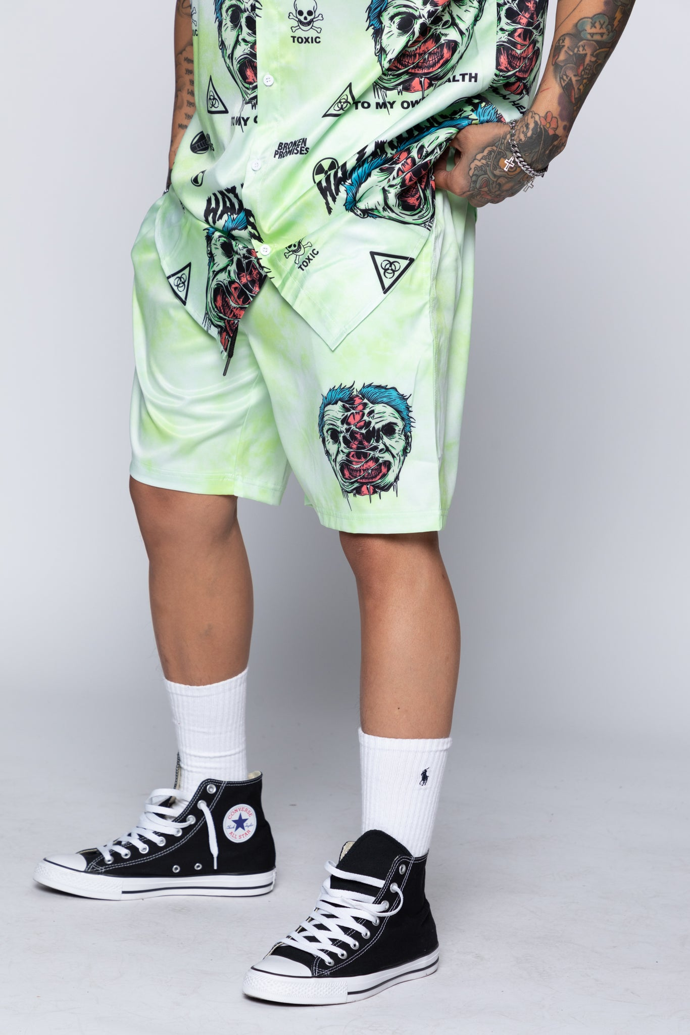 Hazardous Shorts Green
