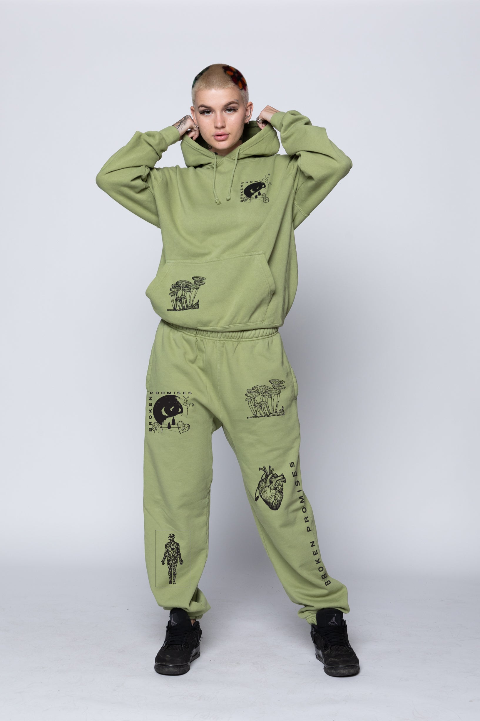 Delirious Sweatpants Green