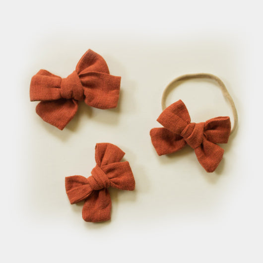 Hand Tied Linen Bows in Cinnamon