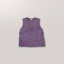 Sleeveless Henley in Lilac