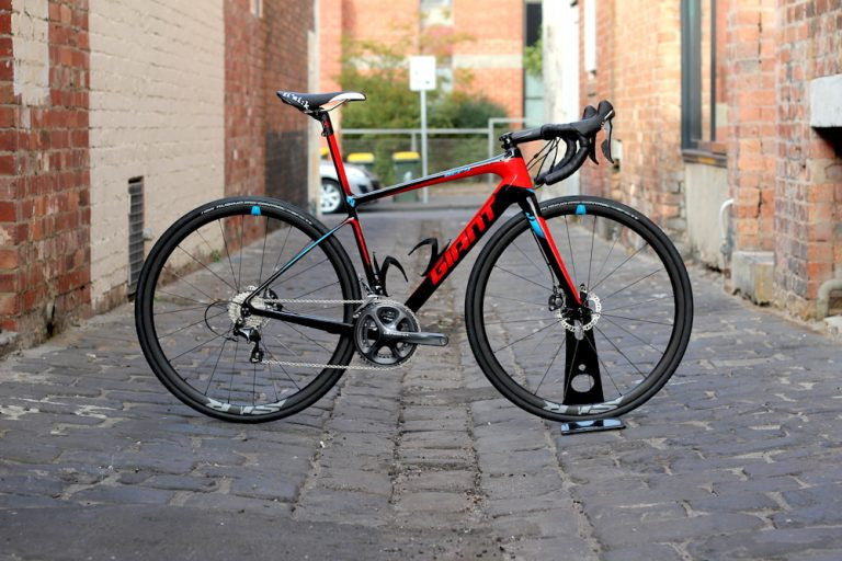 GENE'S NEW GIANT DEFY ADVANCED SL1