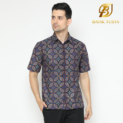 Pramesti Men's Shirt