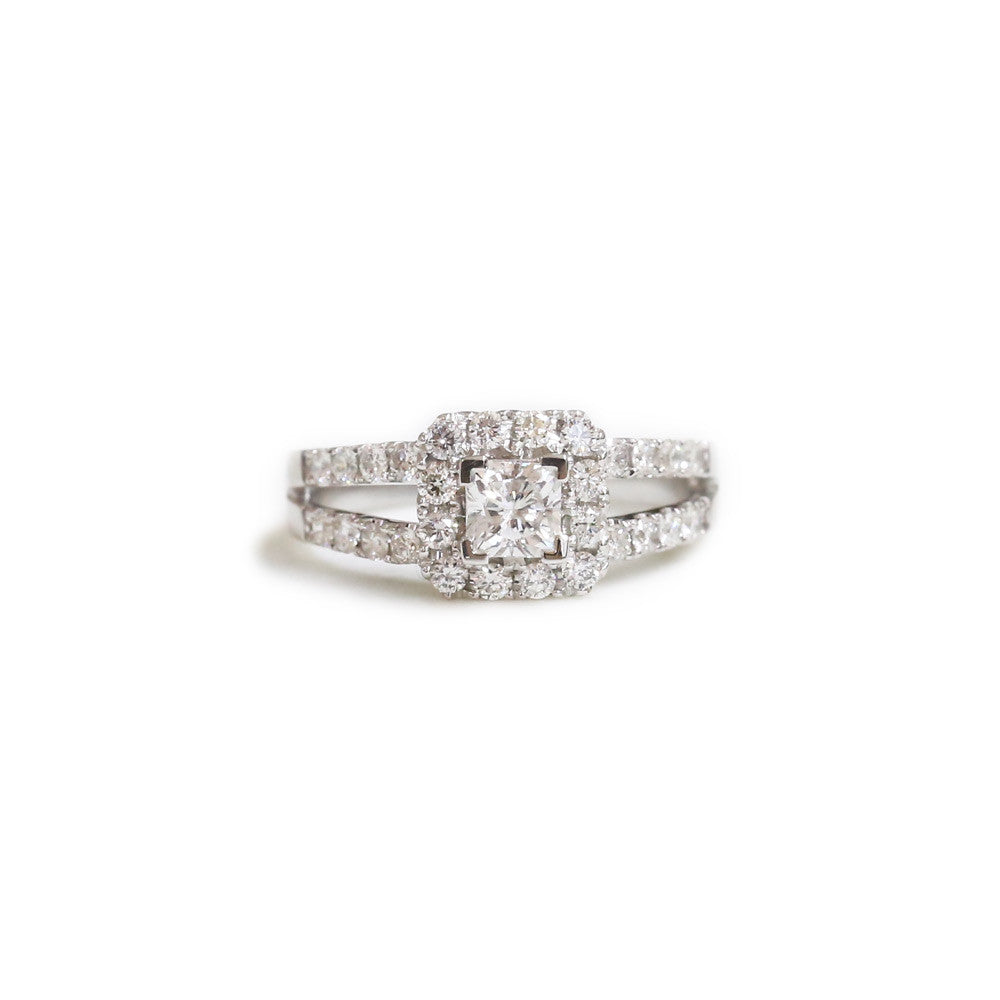18ct White gold halo engagement ring