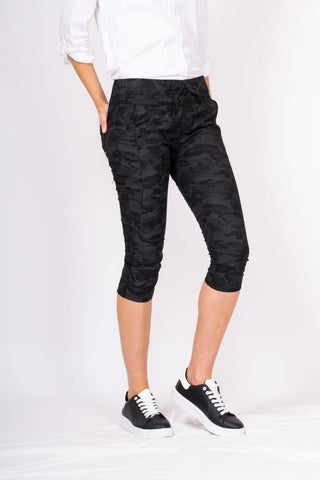 7/8 Pant in Active Camo by Bianco