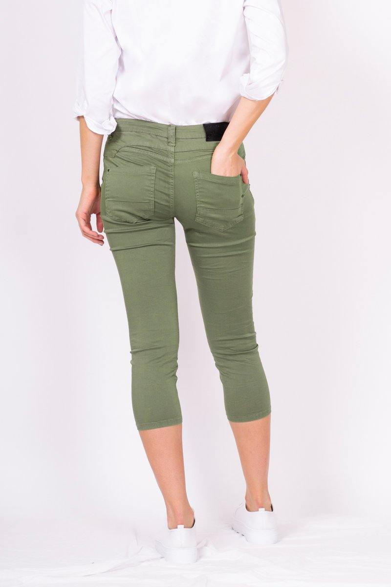 Bianco Blake 7/8 Boyfriend Pant in Olive - Weekends on 2nd Ave